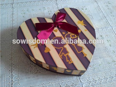 Heart recycled fashion cardboard packing chocolate box