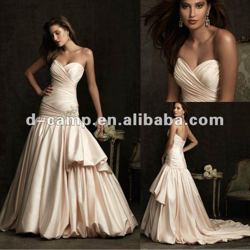 WD40 New Arrival Champagne Satin Wedding Gowns Bridal Mermaid Interesting Mermaid Dress Pattern