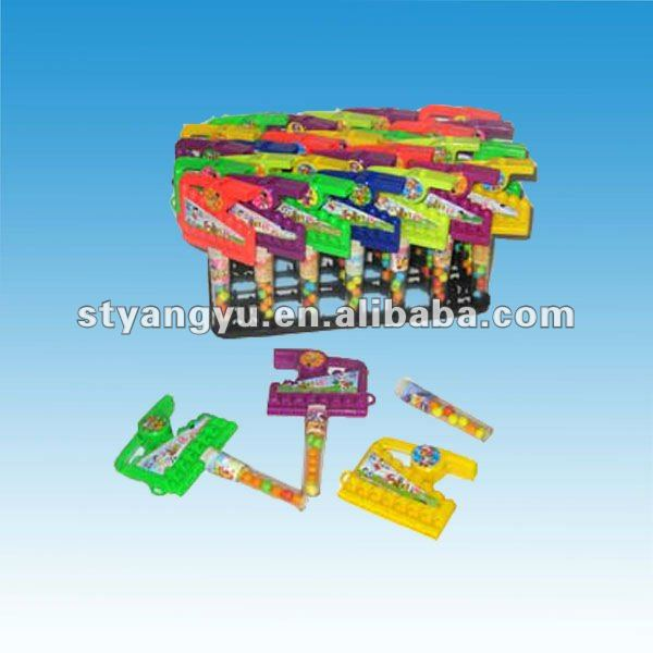Little Plastic Whistle Toy with Tablet Candy