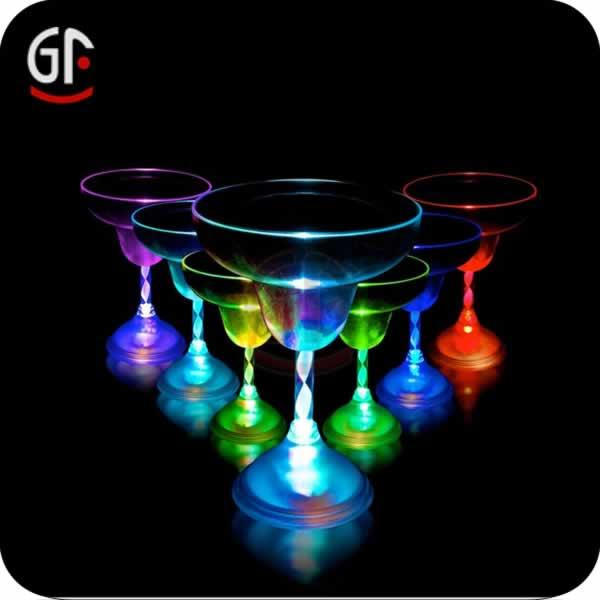 2014 china factory wholesale logo custom decorative for Decorative wine glasses cheap