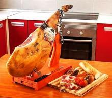 Paleta Jamon Serrano Bodega - serrano ham  cellar - shoulder of Spanish ham