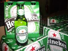 Green Bottle / Can Heinekens Beer