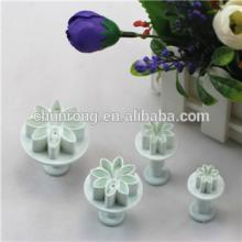 Daisy / Marguerite fondant cake decorating plunger cutters, Plastic Cookie cutters Former Sets
