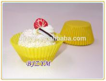 Xmas Paper Moulds for Cake Decorations Cupcake Packaging Paper Yellow Baking Cups Muffin Liners