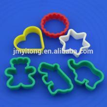 2014 China DIY 6 PCS Plastic cookie cutter /6 PCS cookie press cake decoration set