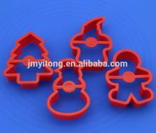 2014 China DIY 4 PCS Christmas snowman plastic cookie cutter/4 PCS cookie press cake decoration set