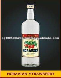 Best Czech Moravian Strawberry Wine 1000ML