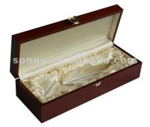 Wooden gift champagne packing box