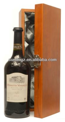 1 botton red wine boxes by wood