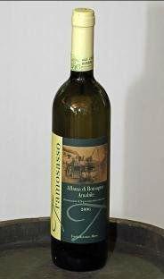 Italian Wine DOC - Albana di Romagna gold wine.