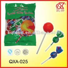 16g Twist Lollipop Strawberry Filled Bubble Gum