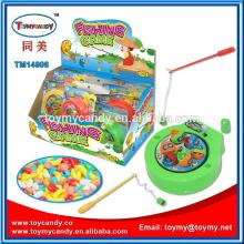 2014 hot selling product kid toy candy summer fishing game beach toy with candy