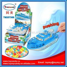 2014 new hot product Pushing big boat plastic toys with  sugar  China factory toys with baby food