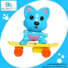 2014 new candy with toys plstic toy to hold candy as promotion gift
