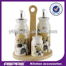2014 kitchen black and white salt and pepper shakers