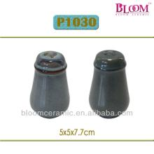 Black Ceramic Unique Salt And Pepper Shakers Products