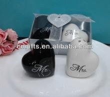 "2013 newest wedding door gift and favor of heart shaped ""Mr. & Mrs."" Ceramic Salt and Pepp"