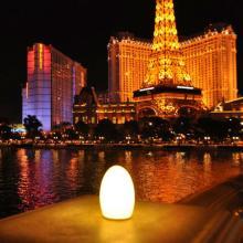 2014  hot   sell  egg shape LED cordless table lamp