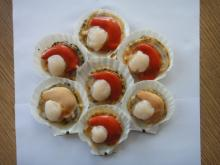 Half shell scallop (roe-on or roe-off)