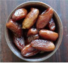 Jumbo Medjool Dates,Pitted Dates,Organic Medjool Dates,Zahidi Dates